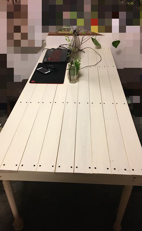 完成したテーブルの画像